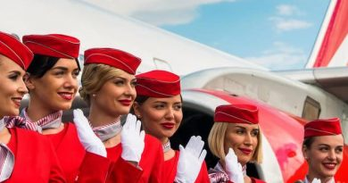 Make-up duty for stewardesses: This airline eliminates them!