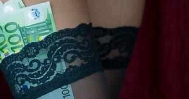 Totally absurd! What men want so much from prostitutes