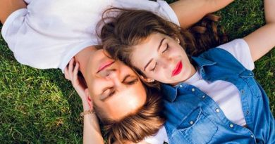 10 signs that you are too close