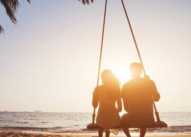 Survey shows: Men prefer this age difference in the relationship