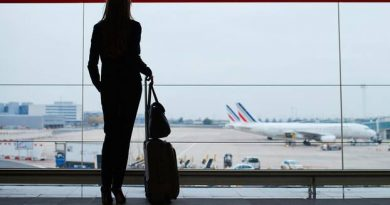Airport Hacks – a flight attendant reveals her 9 tricks