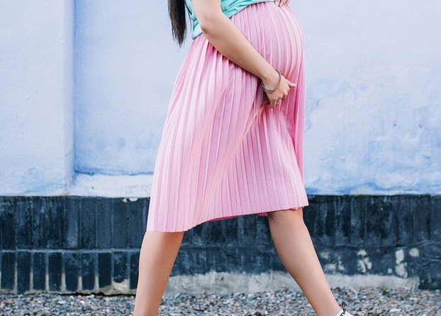 Sympathetic loosening in pregnancy: When every step hurts