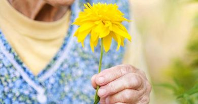 20 wisdom of 100-year-olds – who touch us deeply